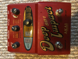 AKAI Deep Impact Bass Synth Pedal