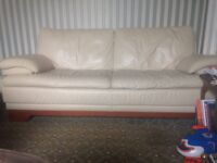 Cream leather 3 Settee Couch Sofa