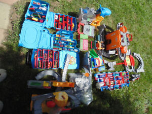Huge Thomas The Tank Engine Take and Play lot