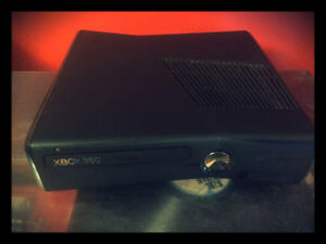 Black Xbox 360 Slim System With Wifi and Hard Drive