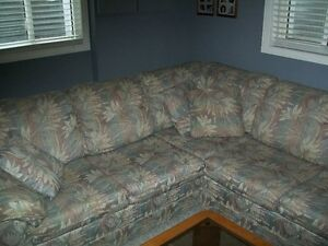 Custom sectional couch Windsor Region Ontario image 5
