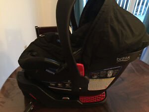 Britax b safe 35 infant car seat with accessories