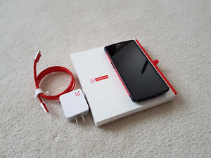 ★ Oneplus One 64GB Unlocked - w/case & glass screen protector ★