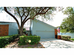 FLORIDA,   $270,000 UPDATED! BEACHES close by!