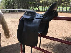 Thornhill Germania  Dressage Saddle