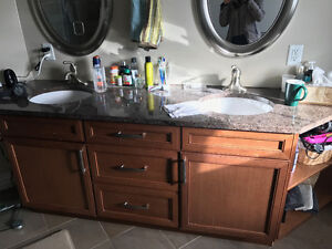 Double Vanity with Granite Counter Top and Faucets/Sinks