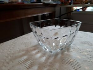 retro crystal bowl with bubble motif