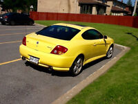 2004 Hyundai Tiburon Tuscani Coupe (2 door) LIKE NEW