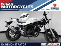 HYOSUNG GT125 P EX DEMO WITH ONLY 30 MILES ON THE CLOCK BALANCE OF WARRANTY