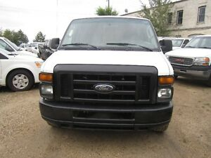 2008 Ford E-350.. LONG WHEEL BASE.. Minivan, Van..