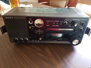 Worldwide Sony Shortwave Radio Model #ICF-6800W (Japan)