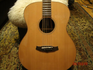 Tanglewood 000 Exotic Wood Acoustic Guitar