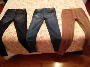 Selling size 00-2 AE jeans