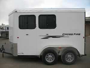 2017 LOGAN COACH CROSSFIRE 2 HORSE BP TRAILER