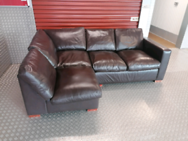 DESIGNER LEATHER CORNER SOFA LOCAL DELIVERY AVAILABLE