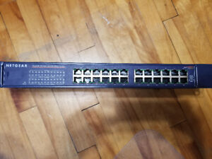 Netgear FS524 Network Switch