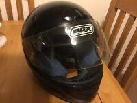 Box crash helmet