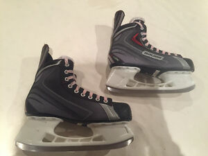 Men's BAUER hockey skates size 8 Windsor Region Ontario image 6