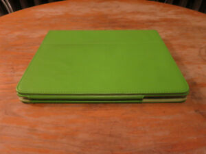 Apple iPad 2 64 GB 3G (micro SIM) + Card Reader + Folding Case