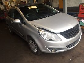 2007 corsa breaking for spares