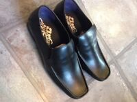 NEW -size 9 Mens leather shoes