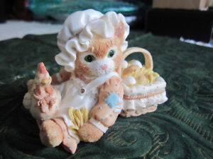 """""""FRIENDSHIP IS THE BEST BLESSING"""" CALICO KITTEN FIGURINE BY ENES"""