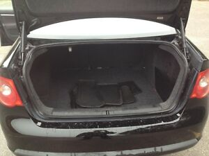 2006 Volkswagen Jetta TDI DIESEL Sedan Safety and E-tested London Ontario image 7