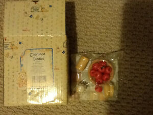 Cherished Teddies collectables Windsor Region Ontario image 2