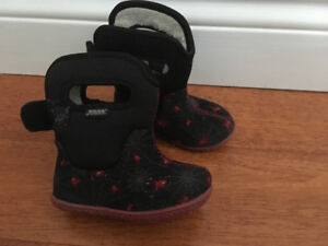 BOGS winter boots size 5