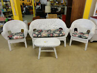 4-piece Wicker Set with Cushions