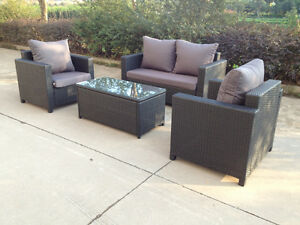Outdoor loverseat and two chairs (SF31B)