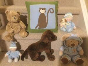 """5 Stuffed Animals & """"Cheeky Monkey"""" Pillow (great condition)"""