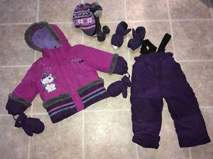 Habit d'hiver & manteaux fillettes (Girl's Snowsuit & Jackets )