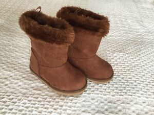 Baby boots, size 5 London Ontario image 1