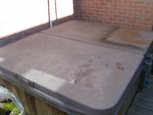 Hot Tub Cover - Insulated