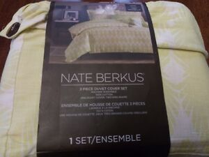Nate Berkus 3 Piece Duvet Cover Set