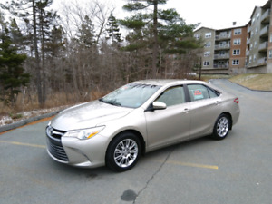 2015 Camry LE upgrade package only 31000km!