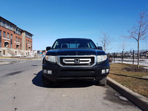 2009 Honda Ridgeline Pickup Truck - Price dropped
