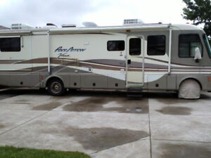 1999 Pace Arrow Vision for sale