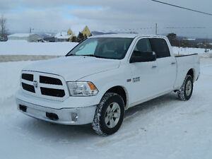 Dodge Ram 1500 Outdoorsman 2014 Accidenté VGA