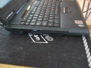 un ordi portable IBM Québec City Québec image 4