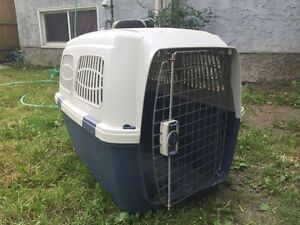 Clipper travel kennel