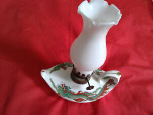 Chinese Vintage porcelain oil lamp