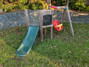 Toddler Fort (inc slide and swing)