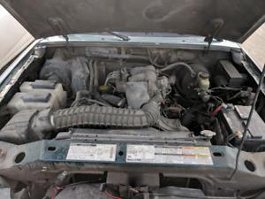 Mazda B4000 1998 2x4 Manuel SEULEMENT 170000 Kilos