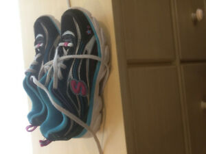 Girls Shoes, Size 1