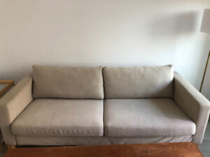 Awesome couch! Three seater Karlstad