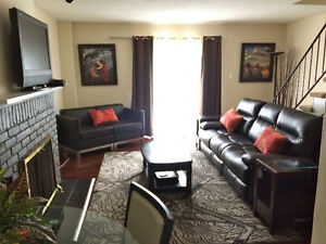 Sept 1 Spacious Short Term FURNISHED & EQUIPPED 3BR Townhouse