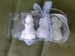BRAND NEW SET OF 3 BUNNY CANDLES