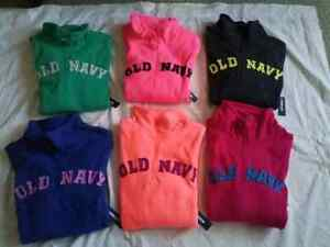 OLD NAVY WOMEN FLEECE SWEATERS SIZE M/M - $35 EACH FIRM